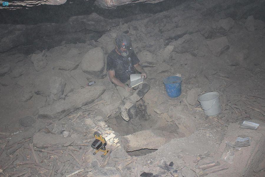 0a2fcd76 24fd 4e59 8dc9 0464ff621f4b - عمره 7000 سنة.. شاهد اكتشاف أثري جديد في كهف أم جرسان بالمدينة