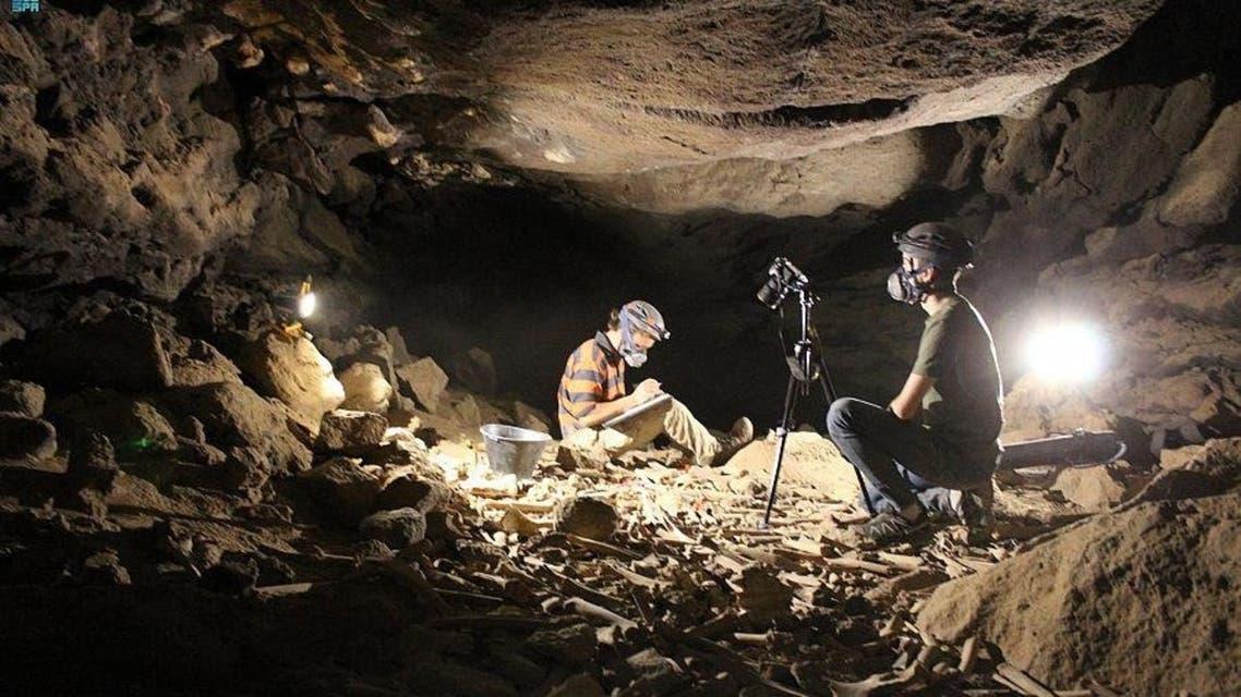 e24ee755 2065 4155 96e5 febfdd5e012e 16x9 1200x676 - عمره 7000 سنة.. شاهد اكتشاف أثري جديد في كهف أم جرسان بالمدينة