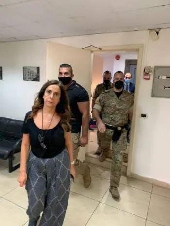 225 1 - شاهد: مشاجرة بين حراس المرأة الحديدية وموظفي وزارة الخارجية اللبنانية