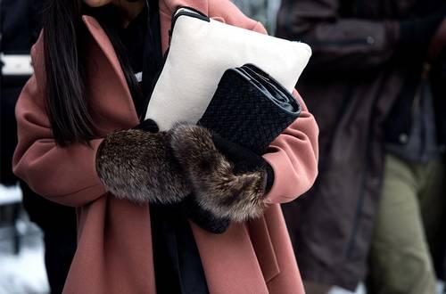 how to dress for winter 273545 1543287902392 image.500x0c - أخطاء تجنبيها عند اختيار ملابسك الشتوية